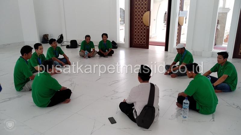 pasang karpet masjid