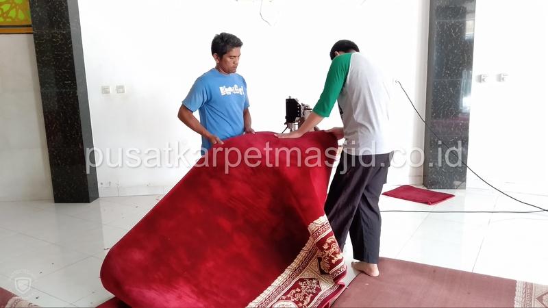 Obras karpet masjid