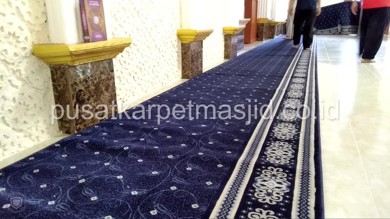 karpet masjid taj mahal