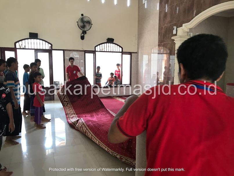 pemasangan karpet masjid